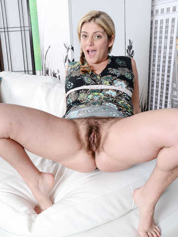 Alicia Silver in mature and hairy