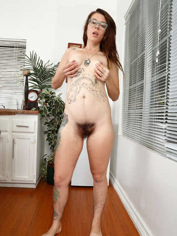 Valkyree Jaine in scary hairy
